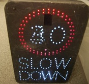 Electronic traffic sign